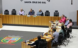 Câmara recebe decreto de emergência do município